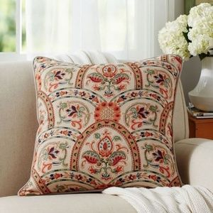 """Pair Pottery Barn 24"""" x 24"""" Harland Pillow Covers"""